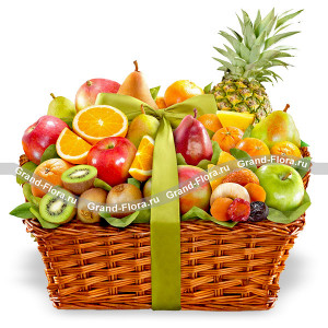 An important occasion - fruit basket